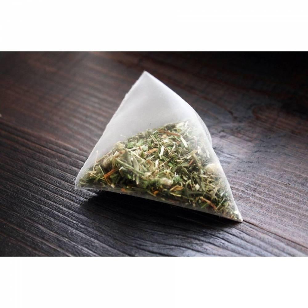 Чай чёрный в пирамидках со смородиной, Алтайвита, 30 гр