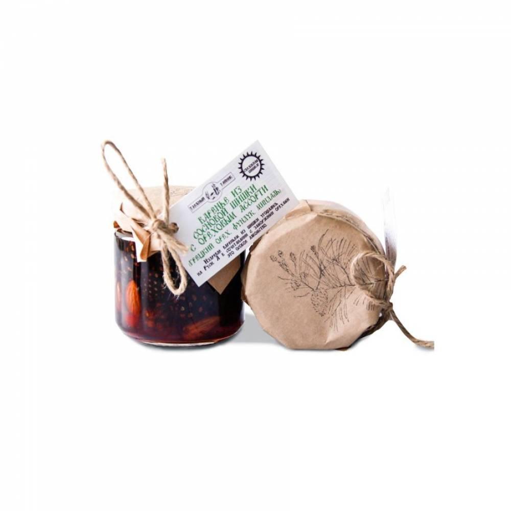 Варенье из сосновых шишек с ореховым ассорти Таежный тайник, 240 гр